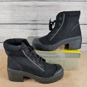 NEW Canvas Black Ankle Boot Block Heel Size 8.5M